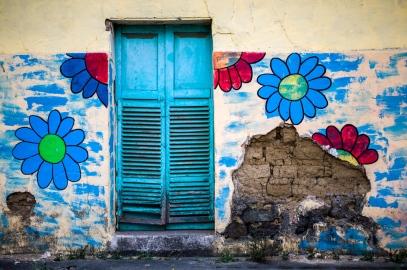 Flores an den Häusern