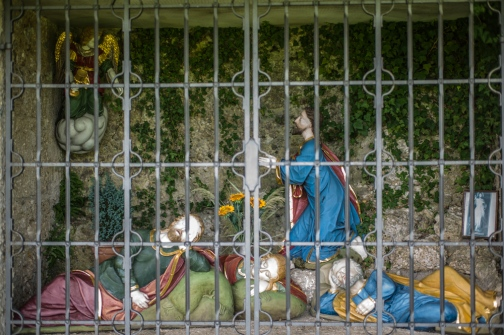 Praying Jesus alongside Cyclepath in Bavaria