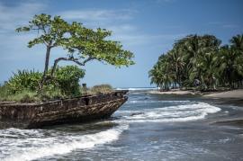 Stranded Ship in Caribe
